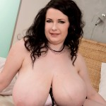 Anna Beck Czech european BBW brunette brown eyes G-cup 38g XLgirls naked nude tits boobs breasts knockers norks pussy fanny cunt twat masturbating masturbation wank jack-off jerk-off jacking jerking wanking free