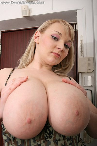 Micky Bells on DivineBreasts.com