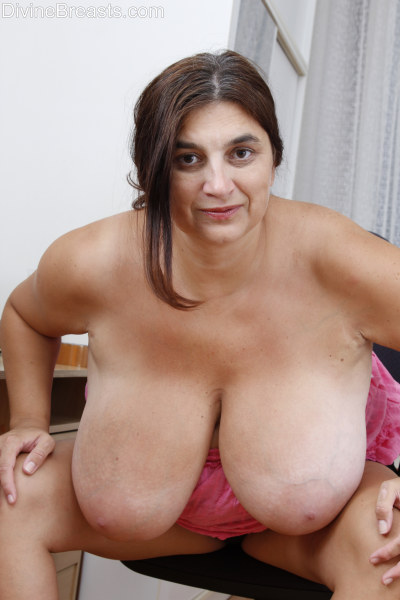 Share your Softcore porn big tit apologise