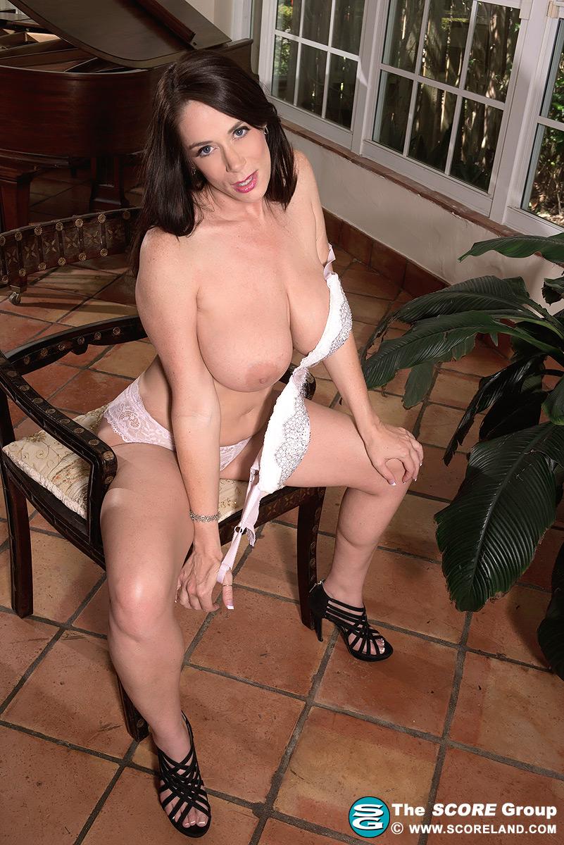 Barbie Kelley huge big great massive mammaries breasts boobs tits knockers  norks vagina pussy fanny cunt ...