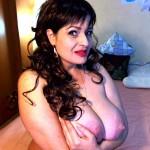LustfulLola cam webcam bif tits huge massive large boobs breasts mammaries knockers norks pussy vagina twat cunt nude live