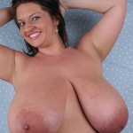 Busty Maria Moore 38K big boobs on DivineBreasts.com