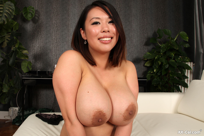 koko huge tits jpg 422x640