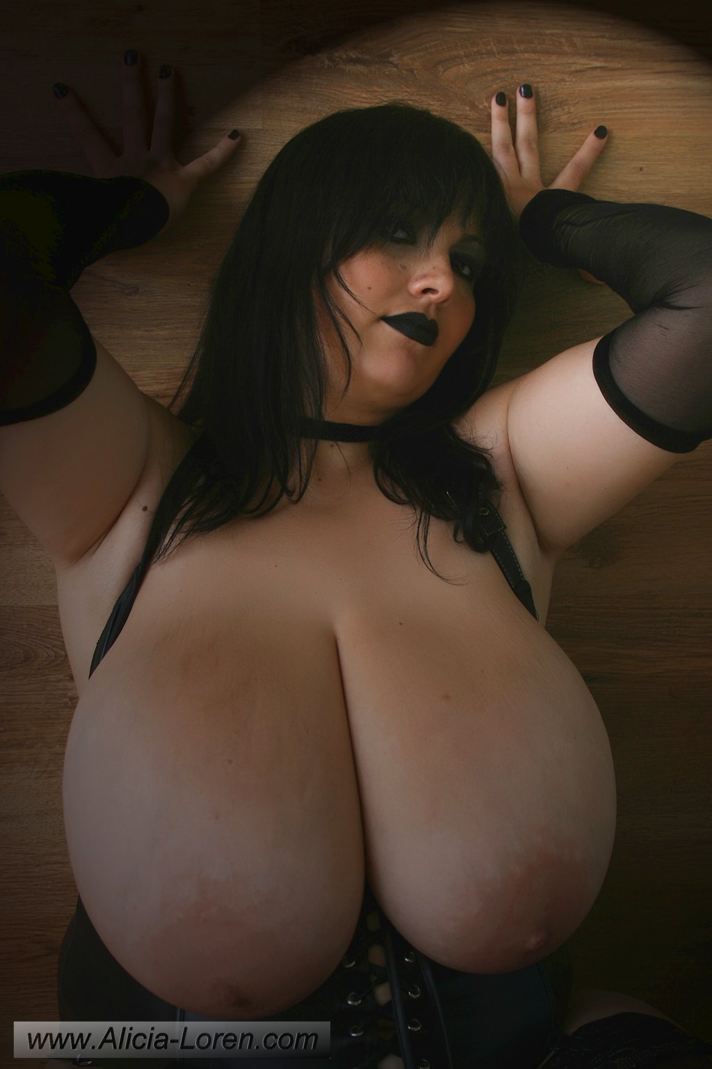 Bang that pussy hard in hd