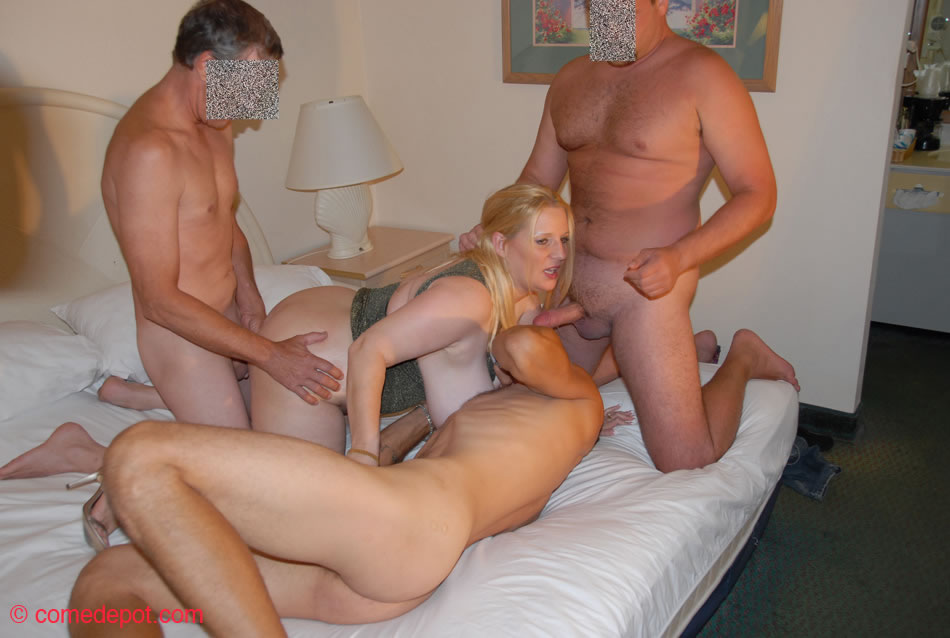 Gay guys circle jerk