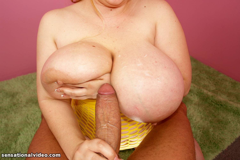 Cumming on bbw big tits