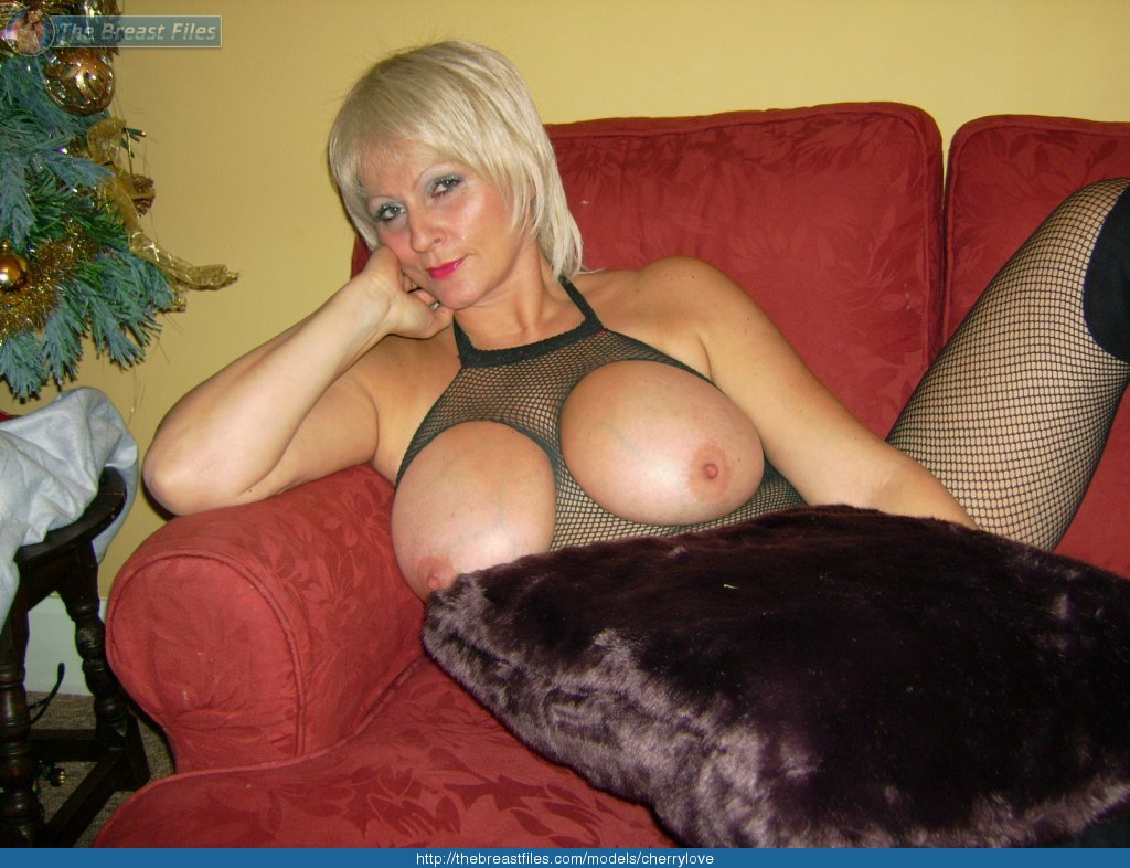 Big Ass Big Tits Blonde Milf