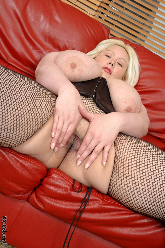 Dalila big tits