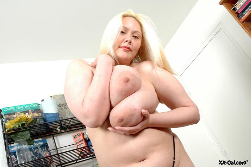Hot ass cumshot vids