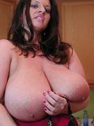 Maria Moore 38JJ at DivineBreasts.com