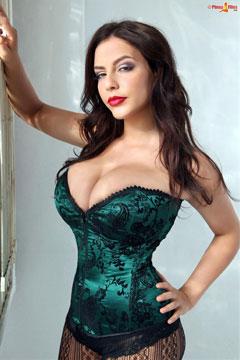 Desiree-Elyda Villalobos 32G at PinUpFiles.com