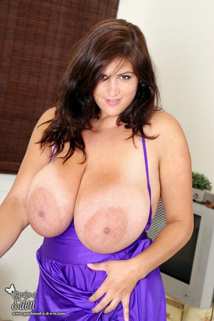Big Israeli Tits 18