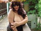 Elaine Hershey at GigantischeBrueste