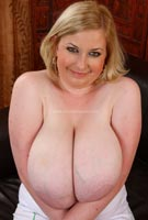 40I Venus from DivineBreasts.com