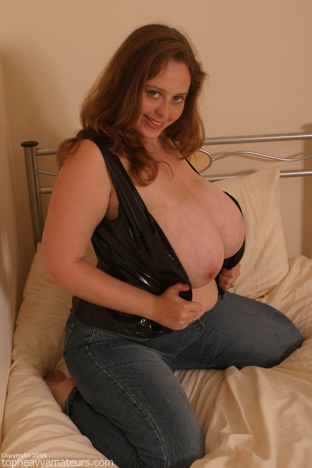 Boobs amateurs topheavy bbw huge