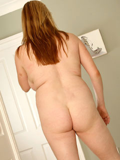 The ideal view of an ideal woman - FF-cup Lucy Williams from BustyBrits.com