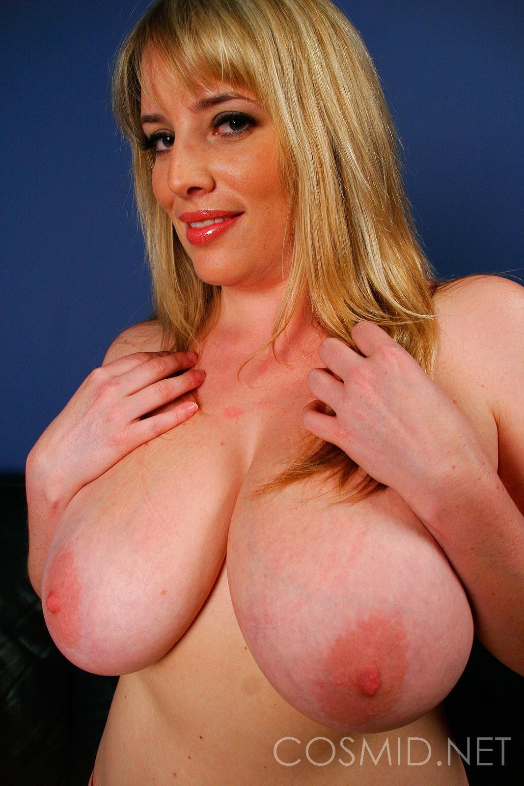 Site babes blog pornlivenews com big tits know