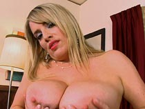 Maggie Green nude videos from Scoreland.com