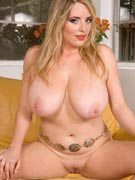 Maggie Green nude in big tits, ass & pussy pics from Scoreland.com