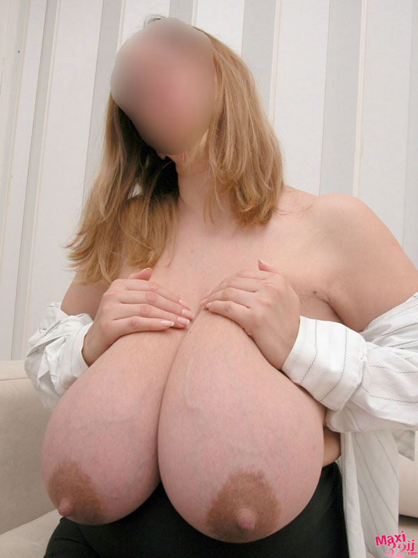 How much larger breasts pregnancy commit