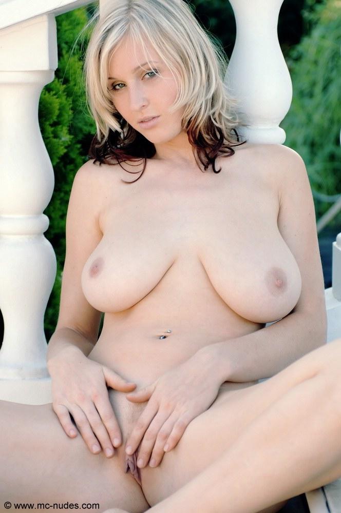 Hot italian lesbian sex