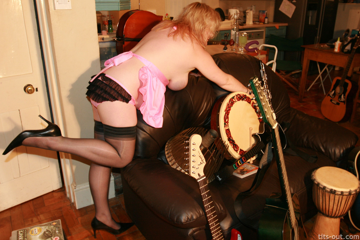 "musical instruments She has been reduced to a ""cheap trick"" who voluntarily performed oral sex ..."
