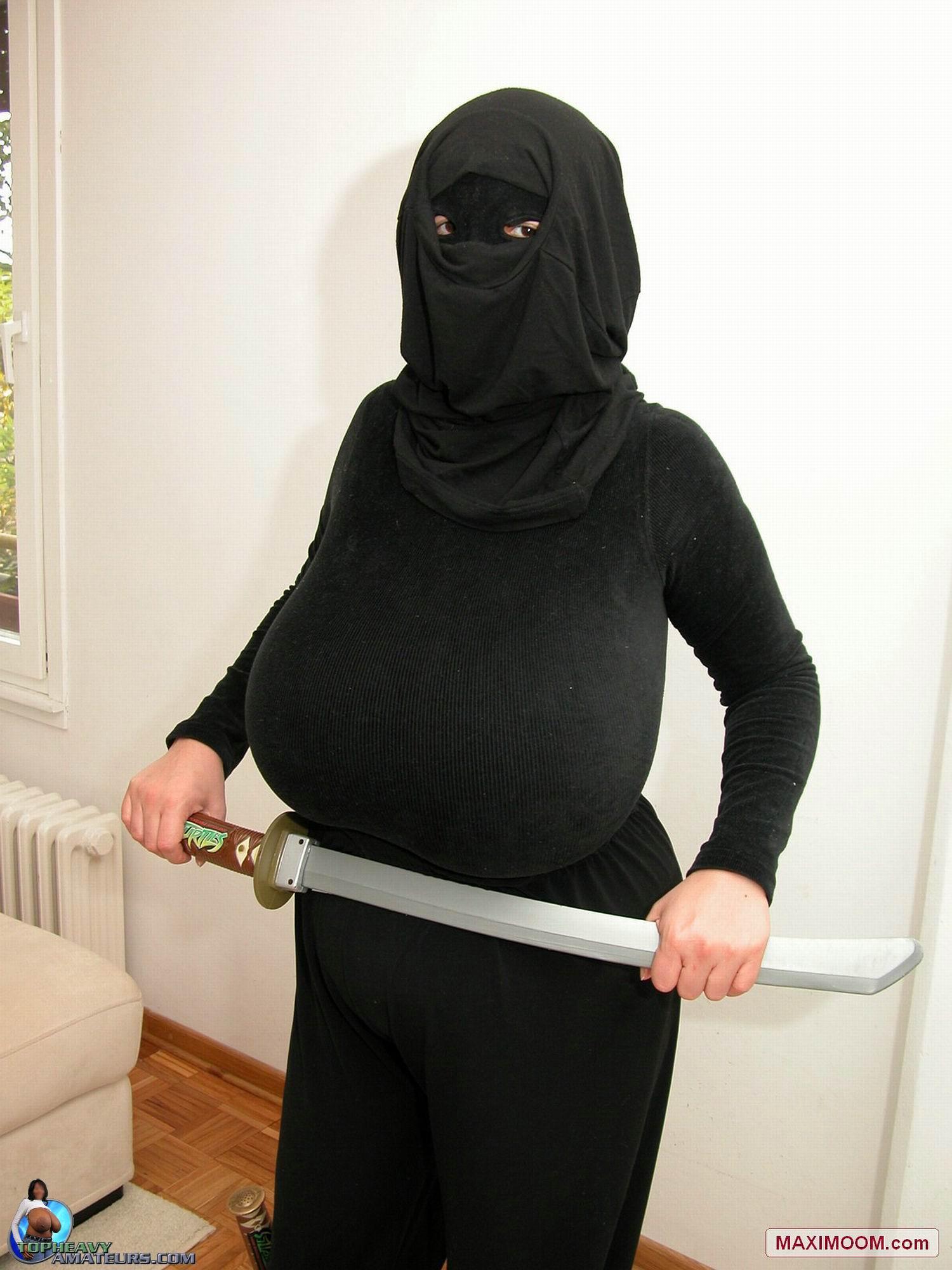 Can Big boob female ninja