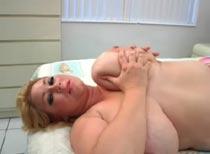 Samantha 38G lesbian videos from SexySamantha38G.com