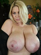 Samantha 38G at MilfSoup.com