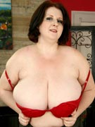 Sapphire 38L in L-cup huge boobs busty BBW masturbation photos from Plumper Pass - PlumperPass.com