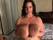Maria Moore HD Videos from ScoreHD.com