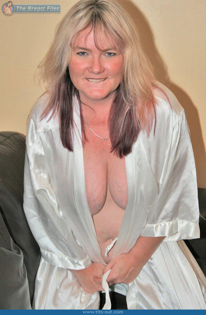 Nude beautiful sexy woman animated gif