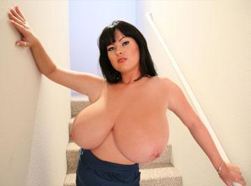 Wide boobs showing cleavage cusp of breast flesh on big tits busty L-cup Rachel Aldana at RachelAldana.com